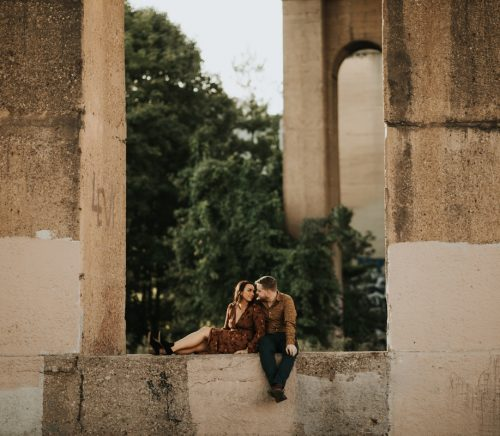 Hip Urban Lawrenceville Engagement with Amazing Views. For more engagement inspiration, visit burghbrides.com!