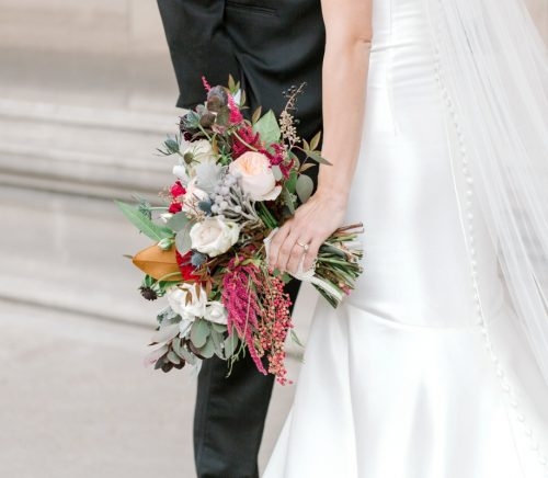 Modern Fall Inspired Wedding at the Heinz History Center. For more wedding inspiration, visit burghbrides.com!